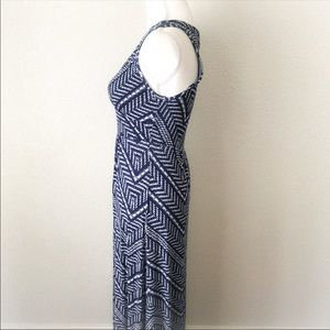Loveappella Dresses - LOVEAPPELLA Stitch Fix Soft Geo Print Maxi Dress S